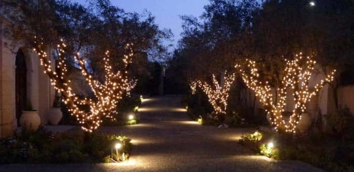 Cannes-Warm-White-Driveway-Lights-1