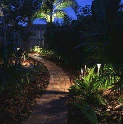 Garden-Path-Lighting3