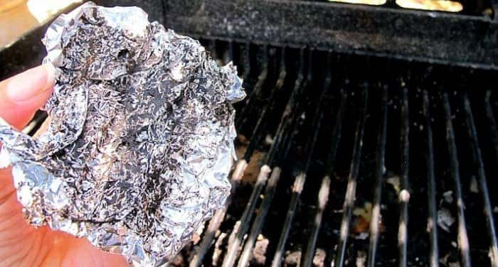 Cleaning BBQ with foil