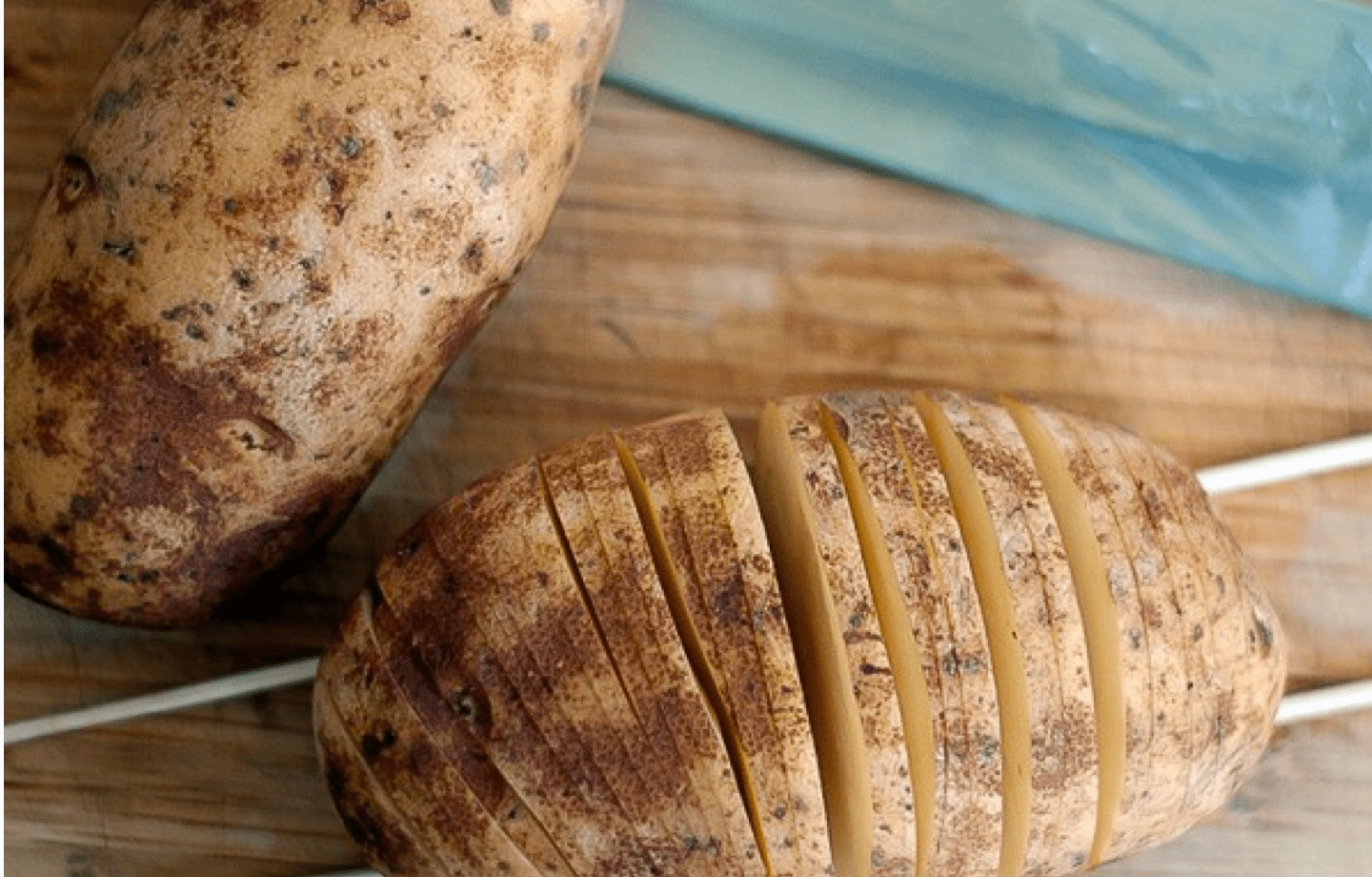 skewers in hassel back potatoes diy kitchen hacks and tips
