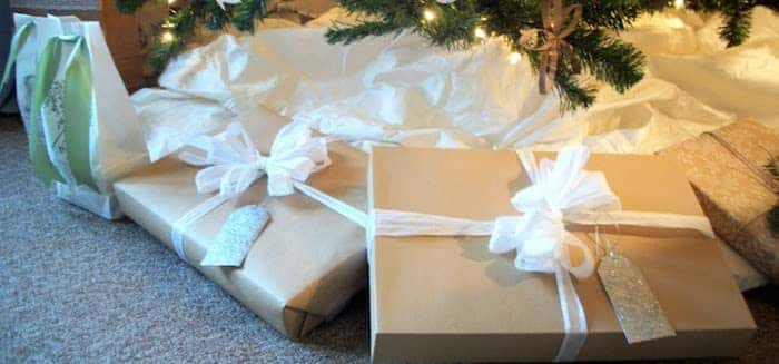 gift wrapping inspiration white
