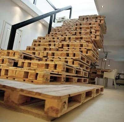 Pallet-Furniture-Ideas-Stairs