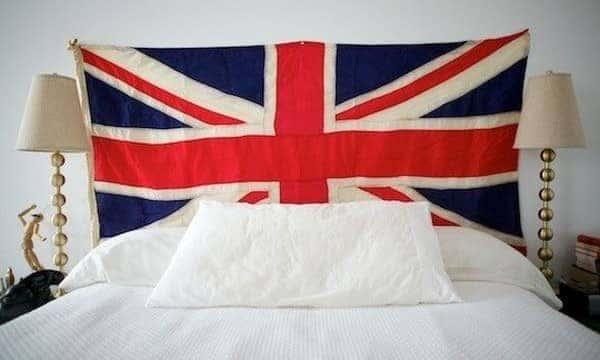 headboard-flag
