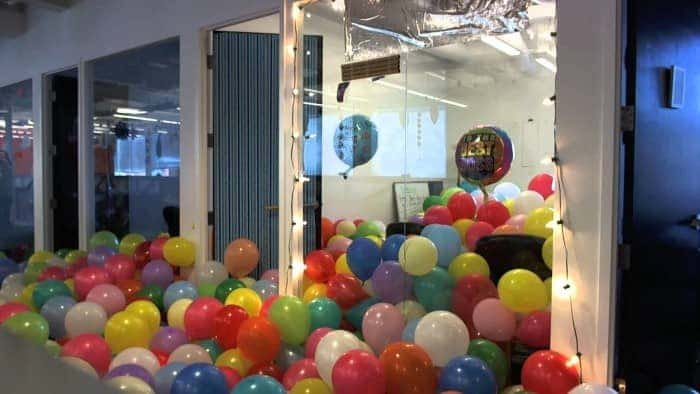 balloon-office