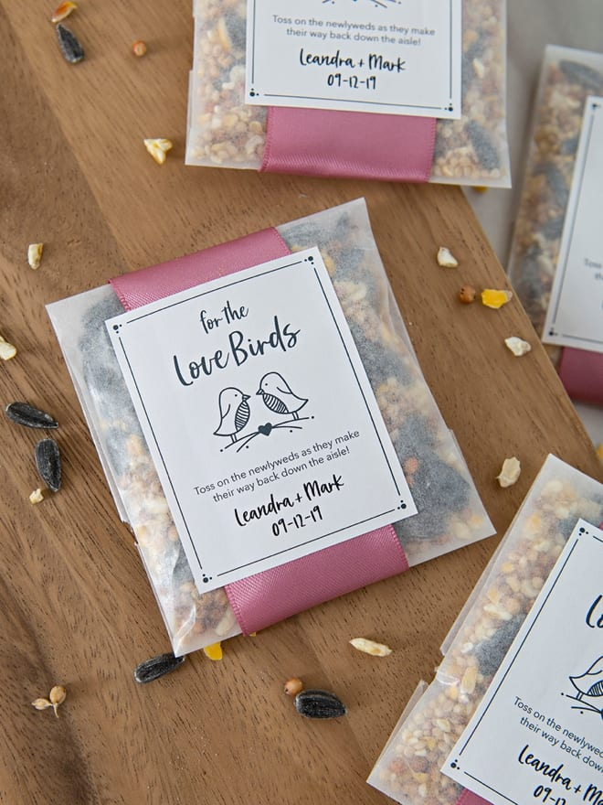 Birdseed confetti | Airtasker wedding DIY ideas