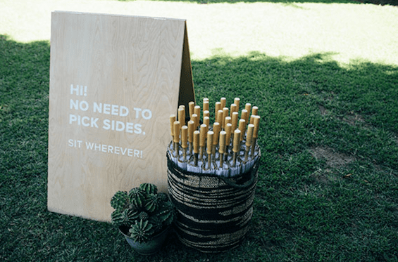 Wedding signs | Airtasker wedding DIY ideas