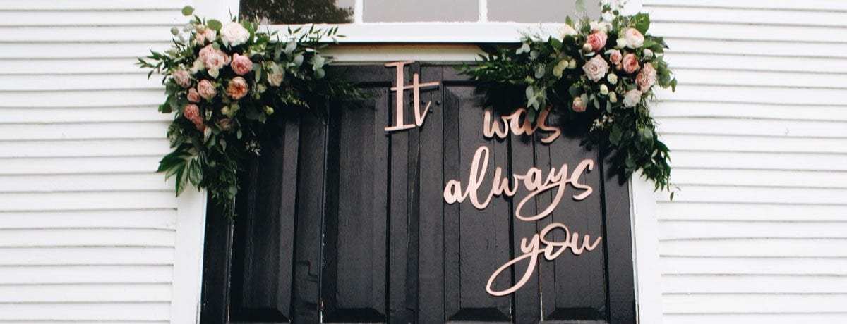 DIY wedding decorations for every theme