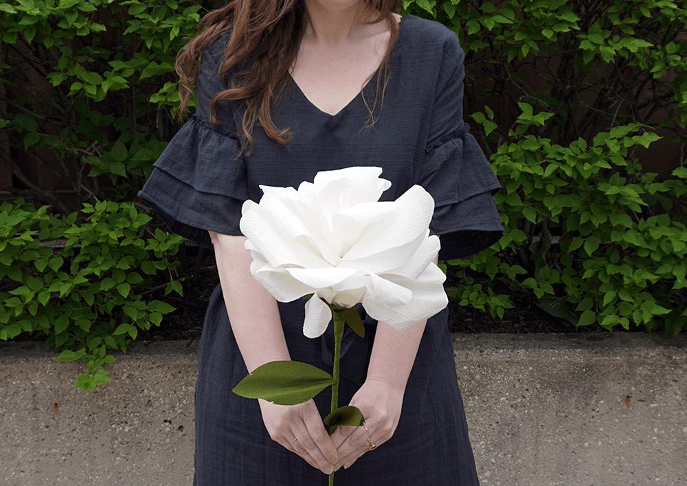 Paper flowers | Airtasker wedding DIY ideas