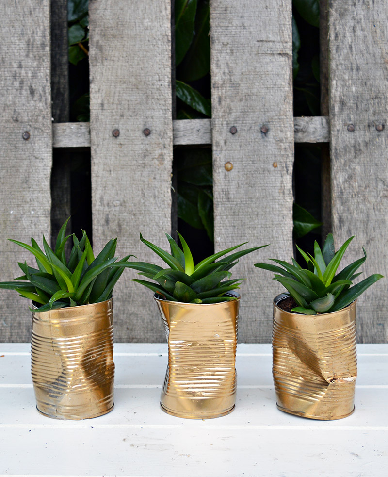 Metallic planters | Airtasker wedding DIY ideas