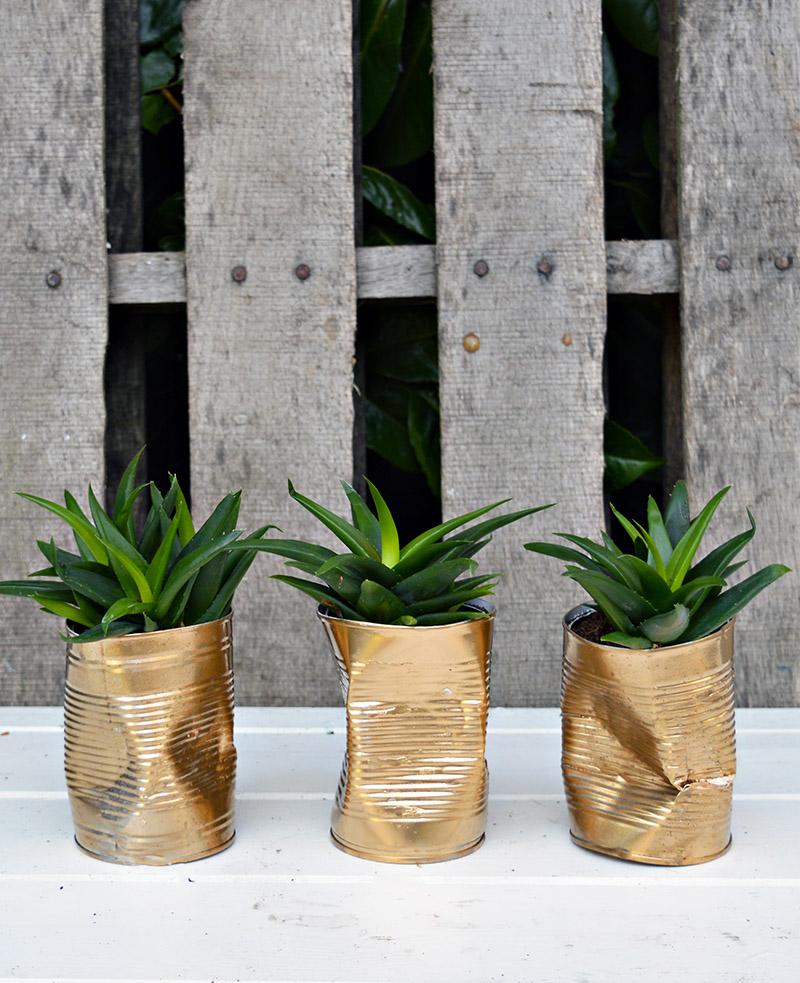 Metallic planters | Airtasker wedding DIY ideas