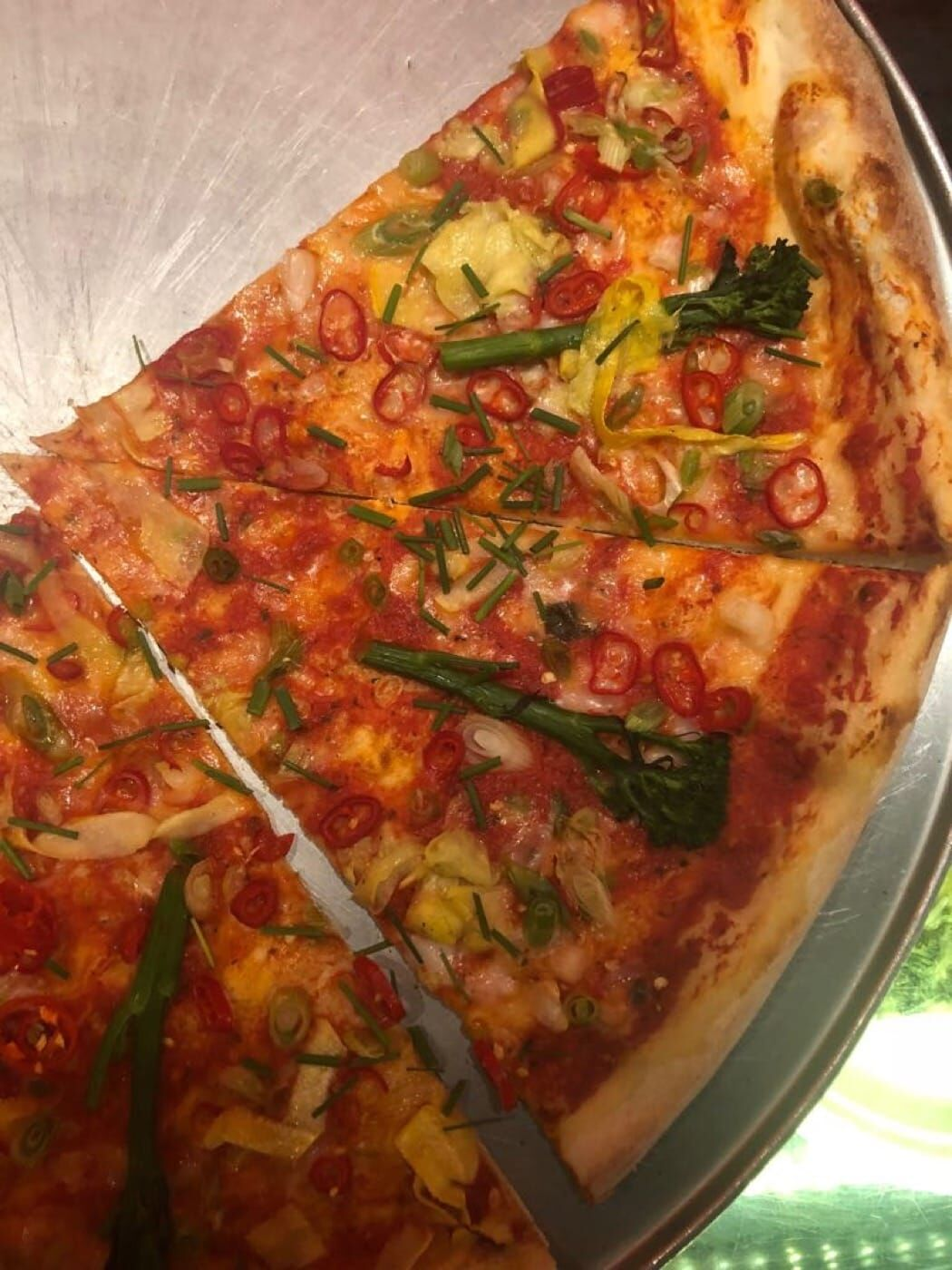 Voodoo Rays vegan Pizza