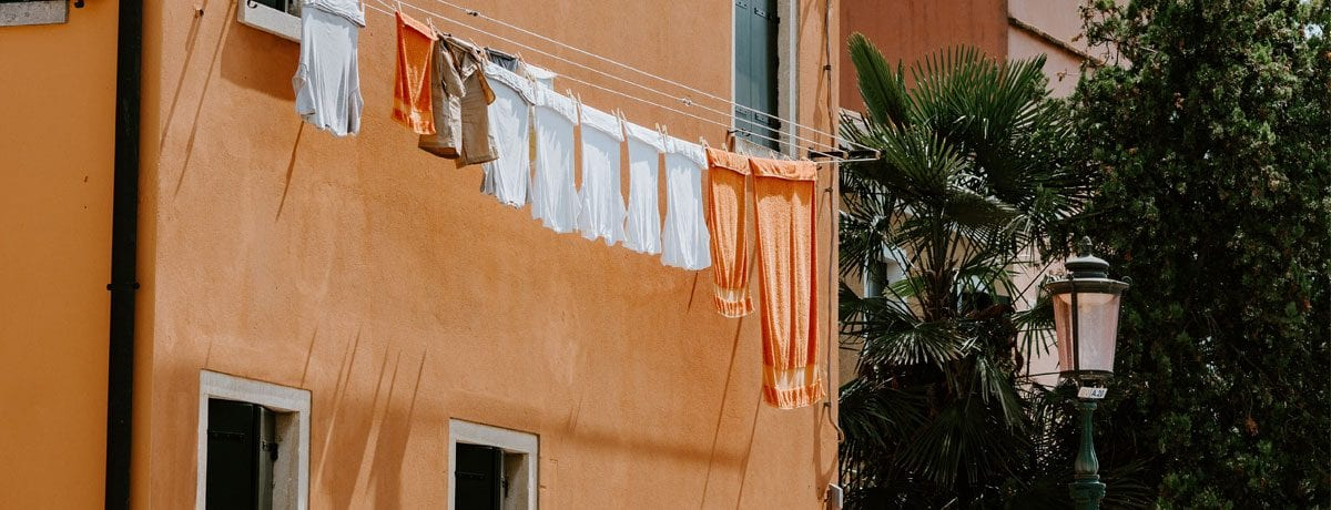 Ultimate cheat sheet to hanging washing | Airtasker