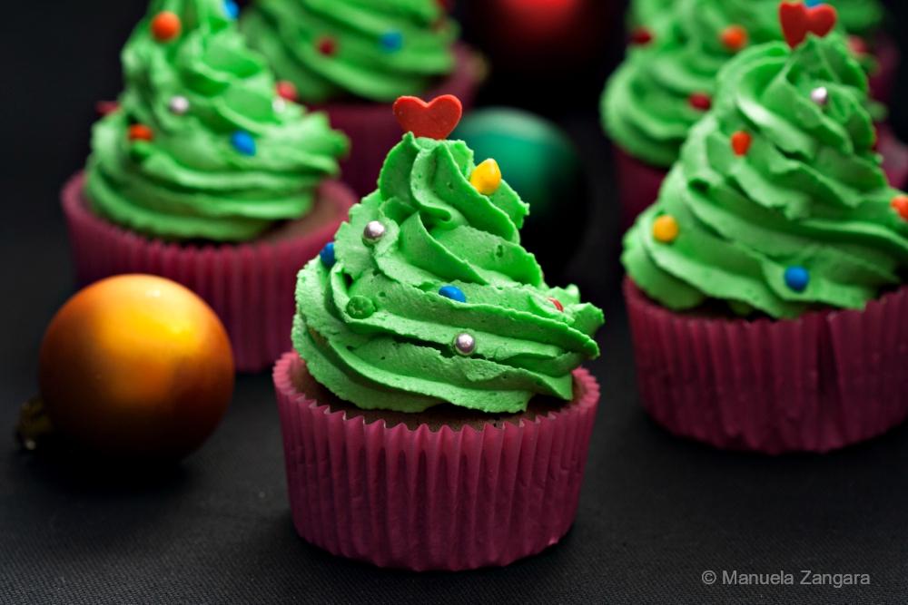 green Christmas tree cupcake DIY