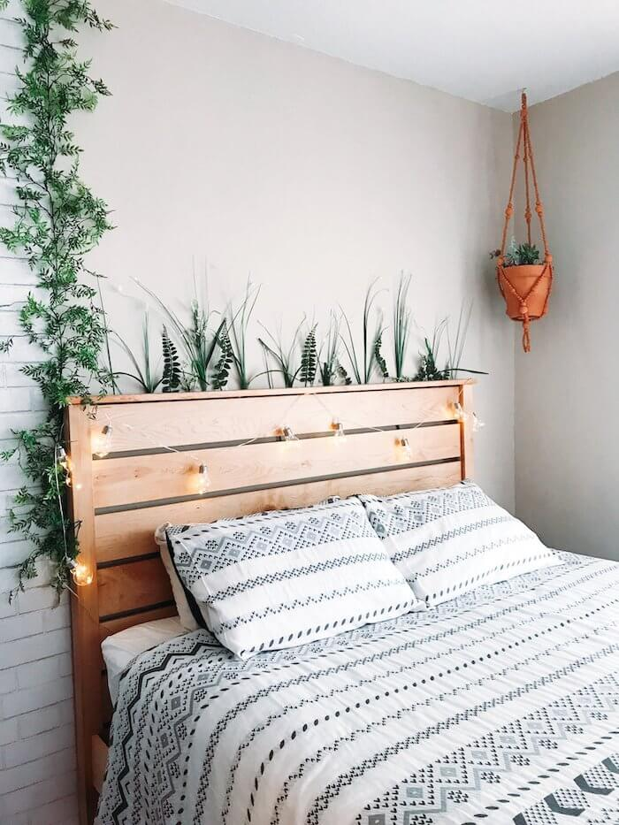 Bedroom-ideas-timber-bedhead