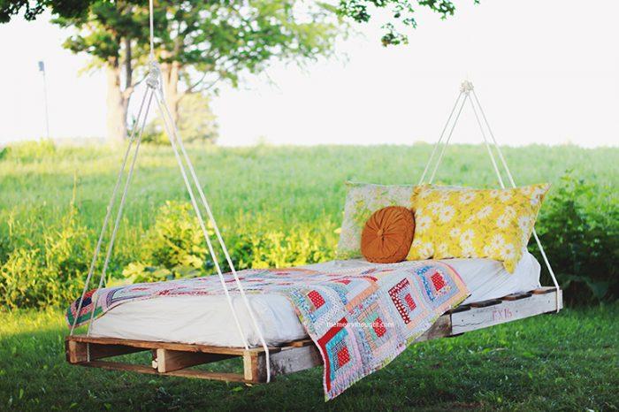 backyard-ideas-diy-pallet-swing