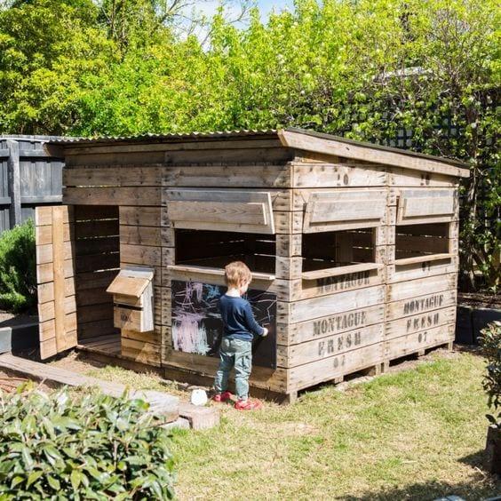 backyard-ideas-kids-cubbyhouse