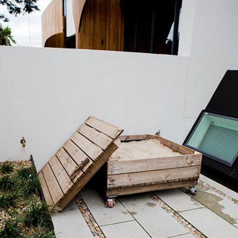 backyard-ideas-kids-sandpit