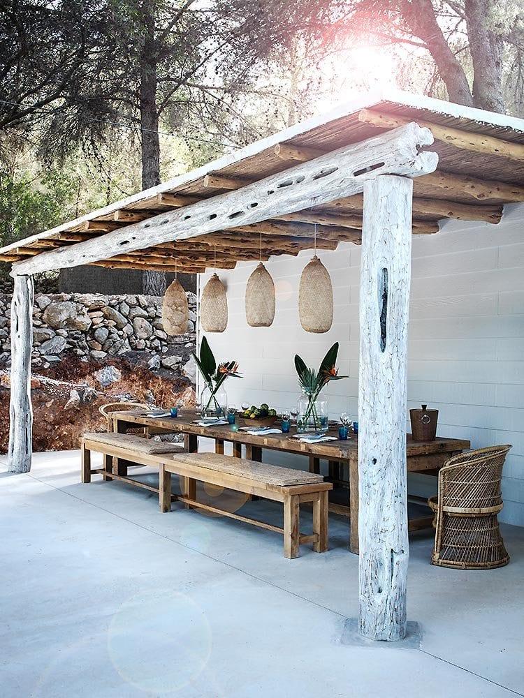 backyard-ideas-recycled-diy-pergola