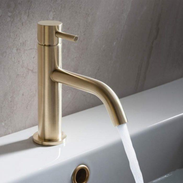 gold bathroom mixer tap