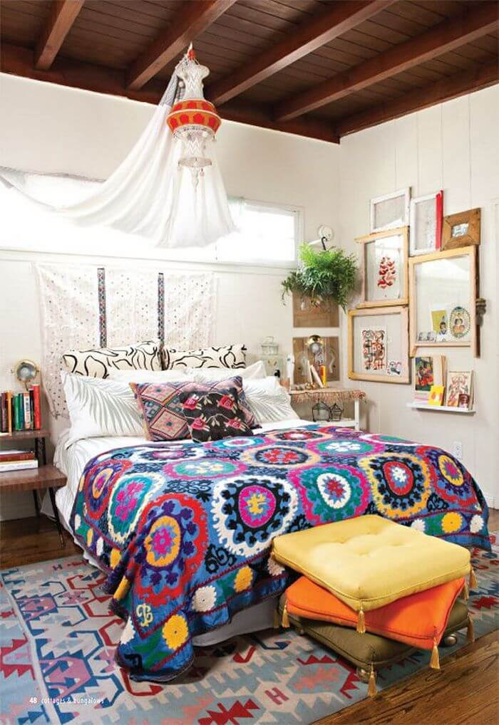 colourful-bohemian-bedroom-decor