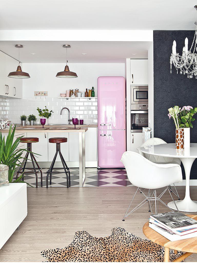 kitchen-ideas-bright-smeg-fridge