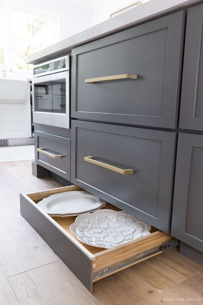 kitchen-ideas-kickboard-storage