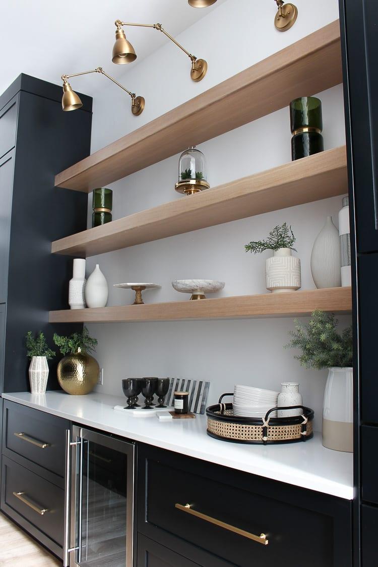 kitchen-ideas-pantry-timber-shelving