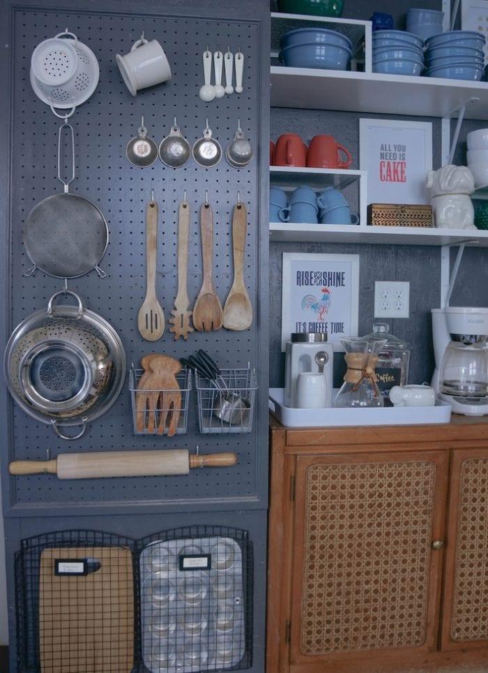 kitchen-ideas-pegboard-storage