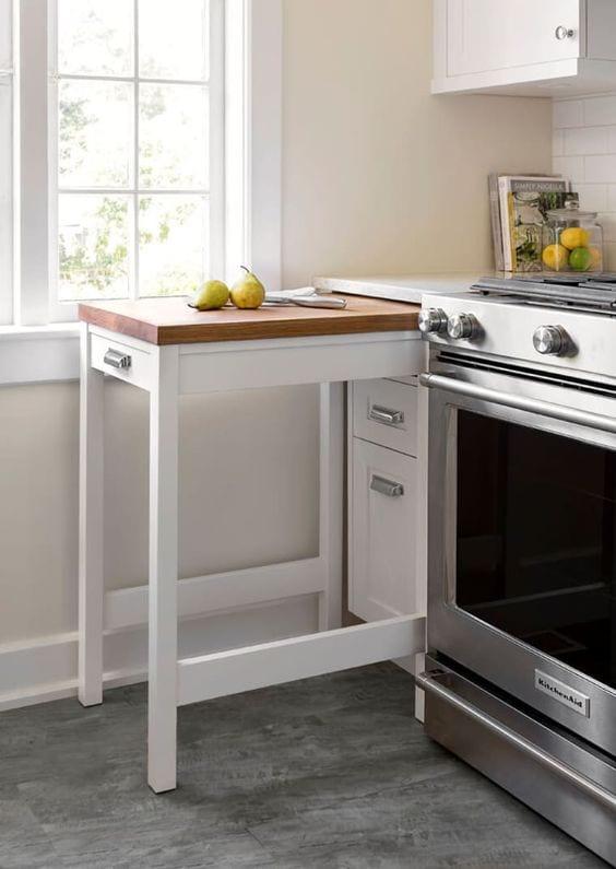 kitchen-ideas-retractable-bench