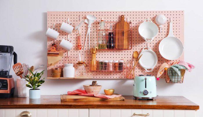 kitchen-ideas-storage-pegboard