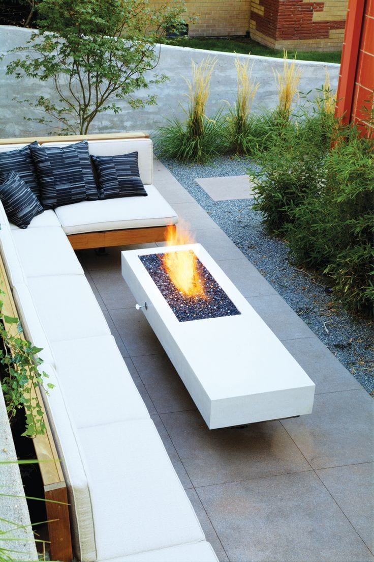 Picture of: 33 Fire Pit Ideas For Your Backyard