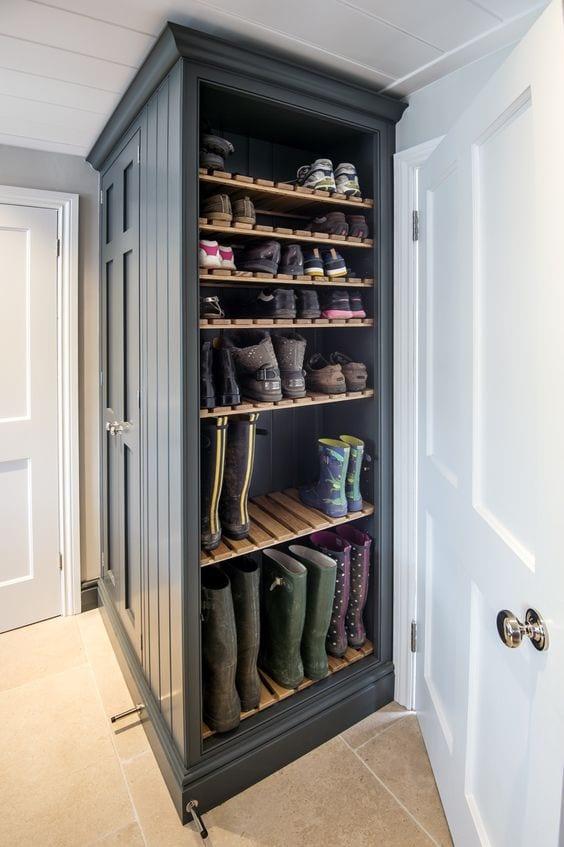 mudroom ideas shoe storage