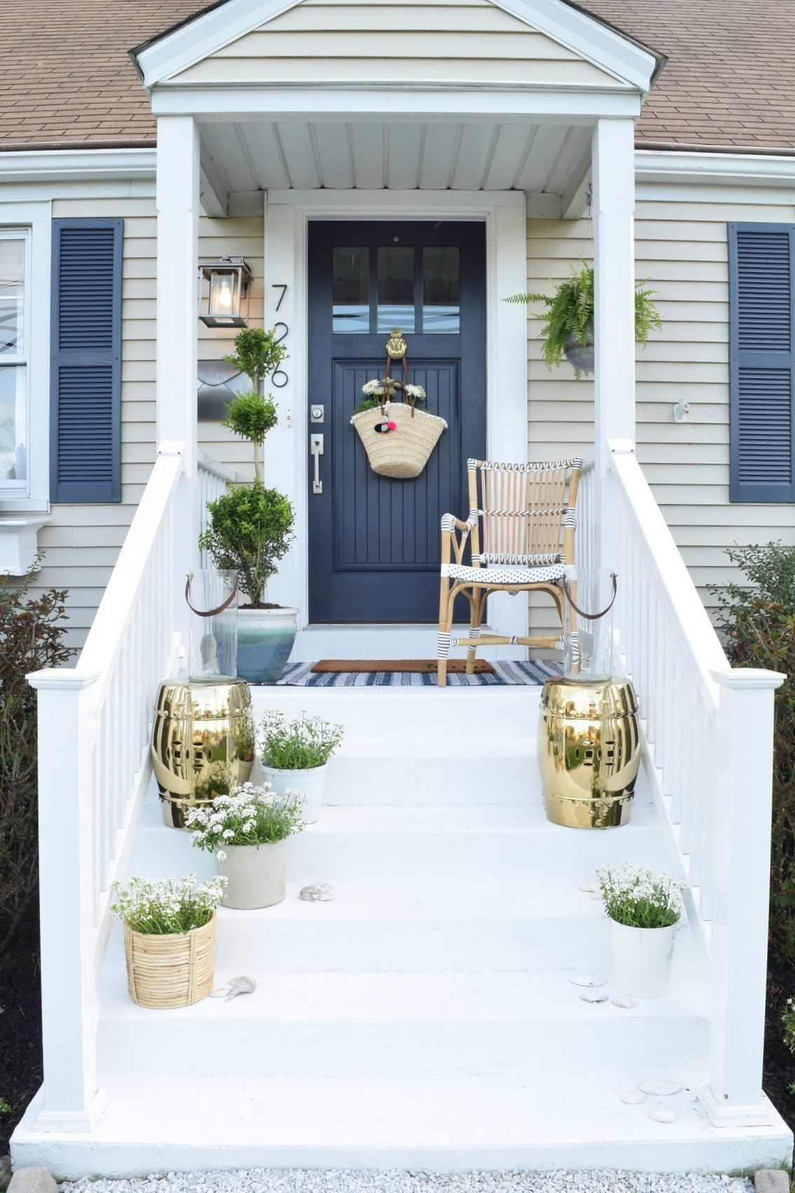 Themed front porch