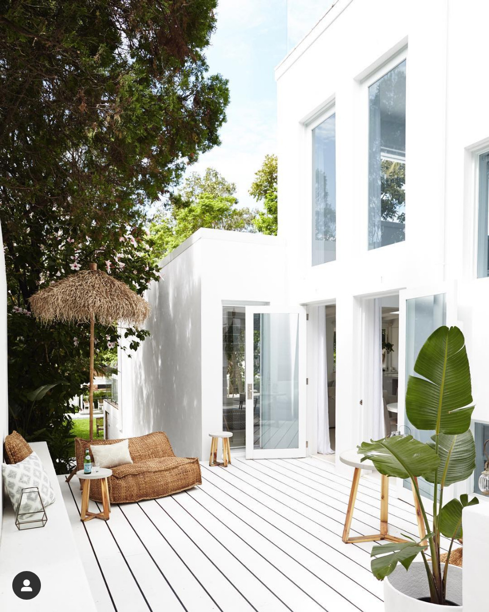 White deck