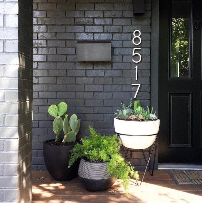 front-porch-ideas-large-numbers