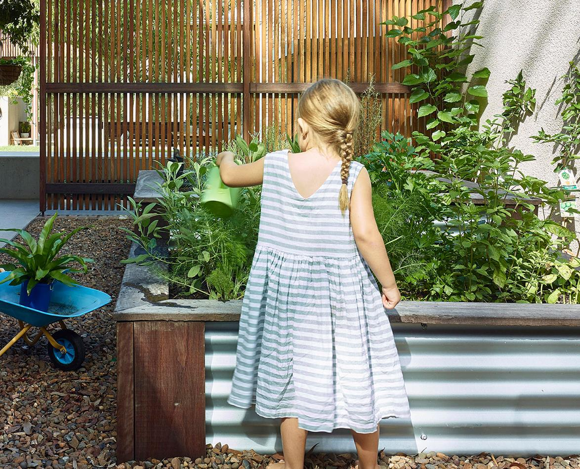 girl with raised bed