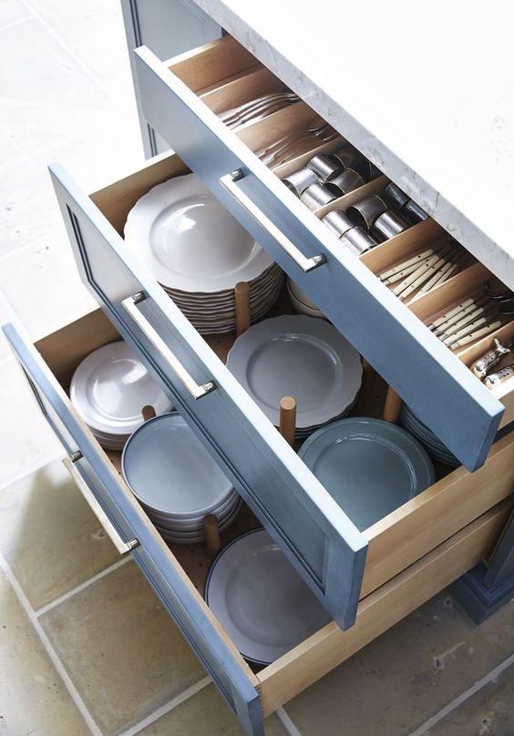kitchen storage ideas for plates