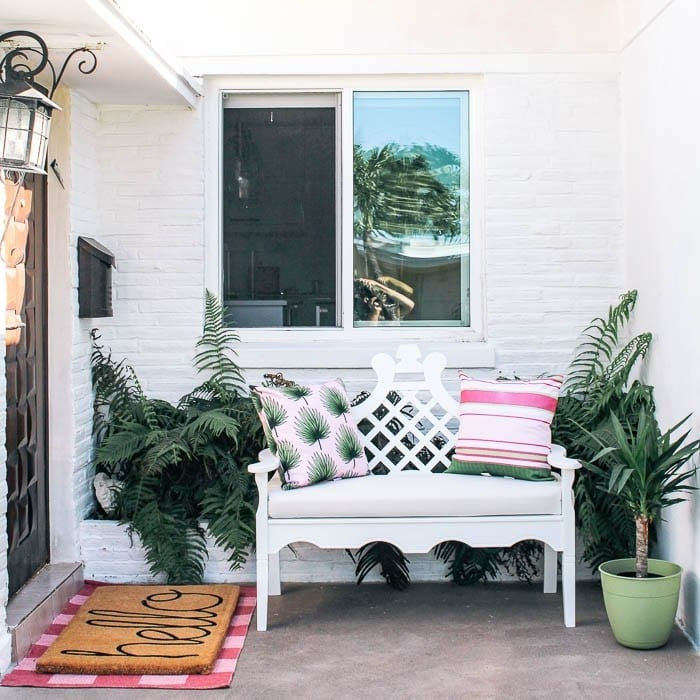 Retro porch