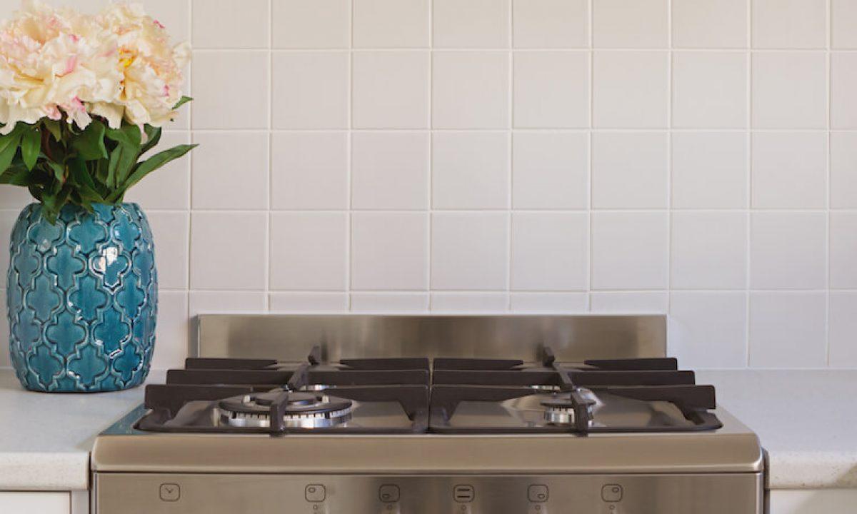 35 Kitchen Splashback Ideas Tiles Glass White And Colourful Designs
