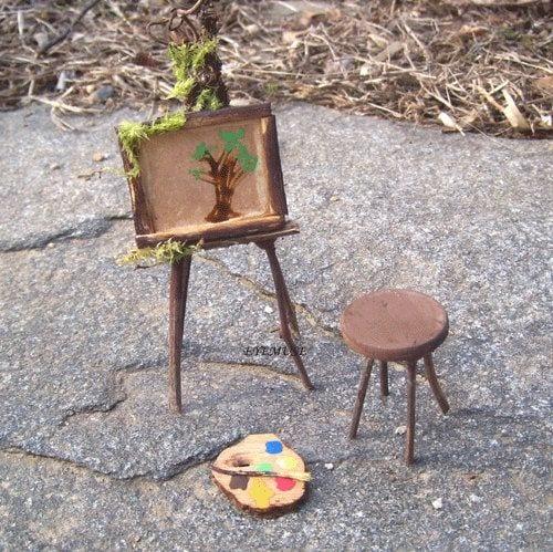 DIY mini easel