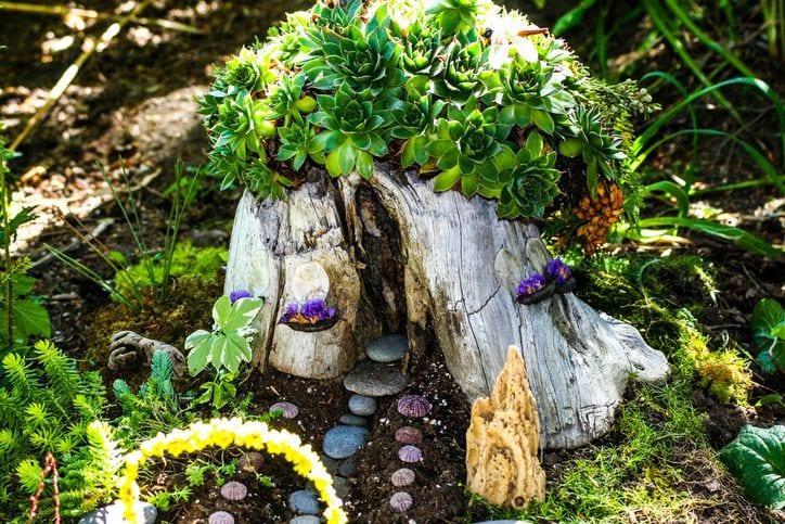 DIY treestump fairy house