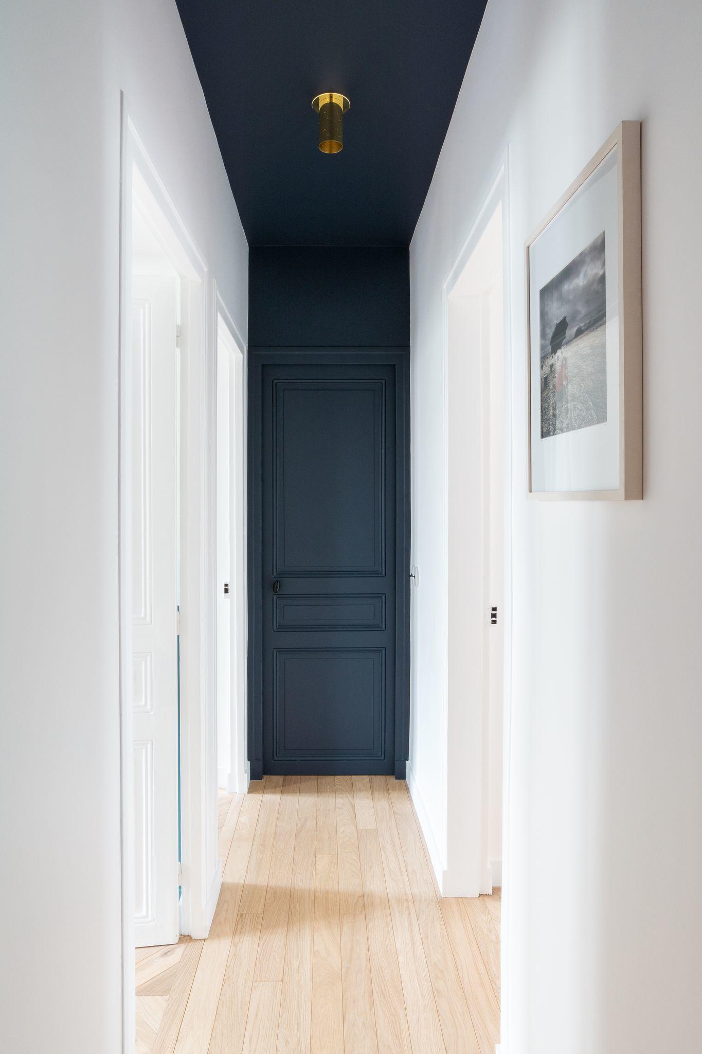 Feature door and ceiling