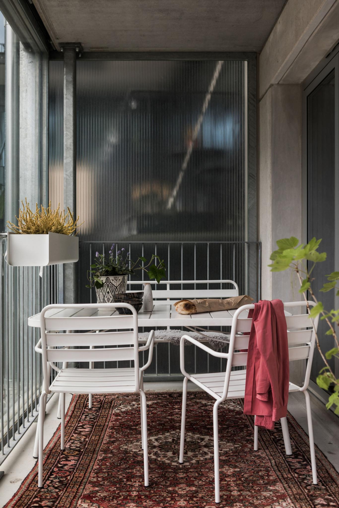 Rug on balcony