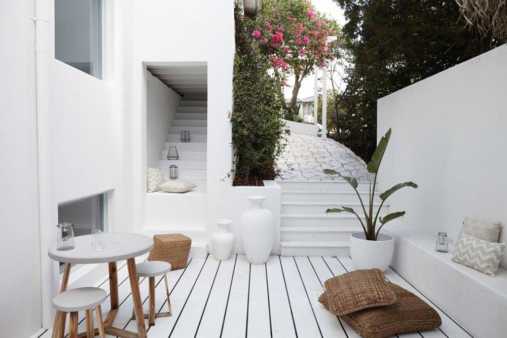 Santorini inspired alfresco
