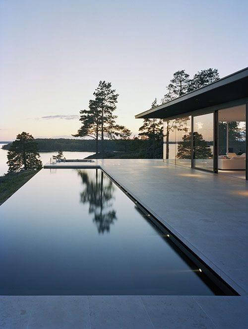 minimalist infinity pool