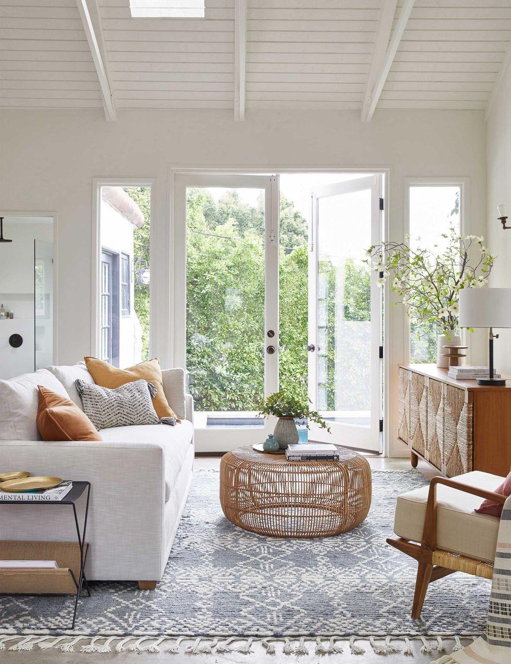 living-room-doors