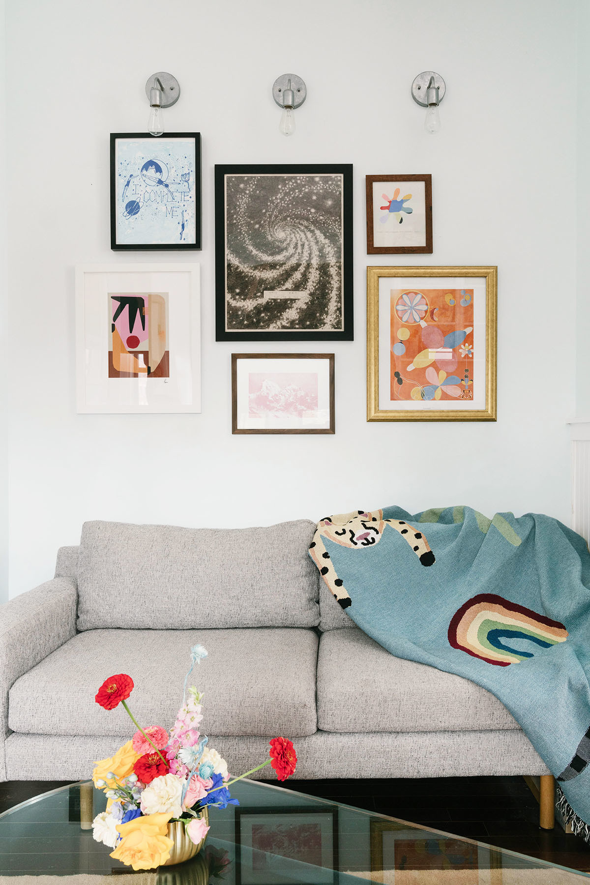 small-picture-frames-sofa
