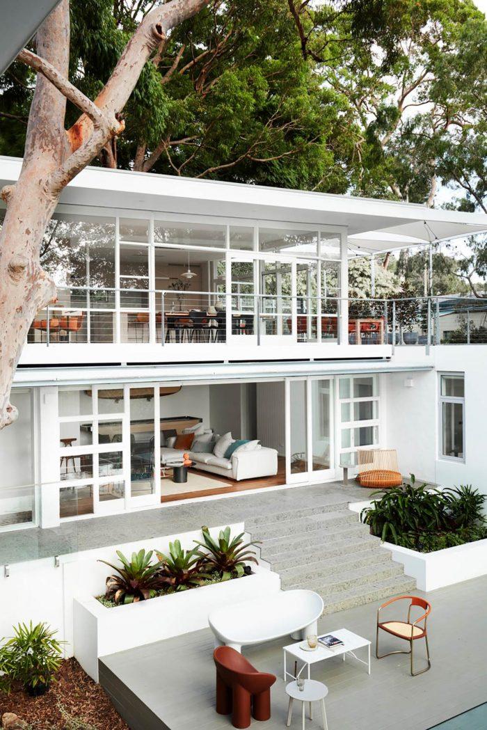 Postmodern-exterior-house