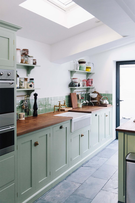30 Retro Kitchen Ideas Tables Chairs And Retro Kitchen Decor