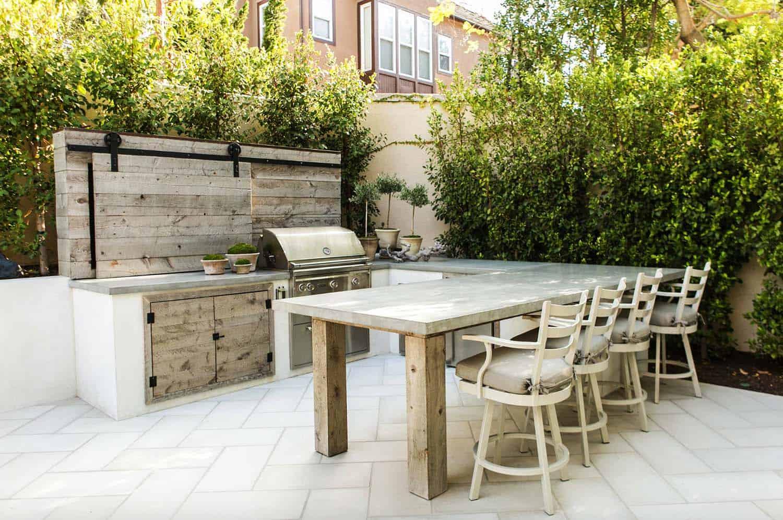 built-in outdoor kitchen